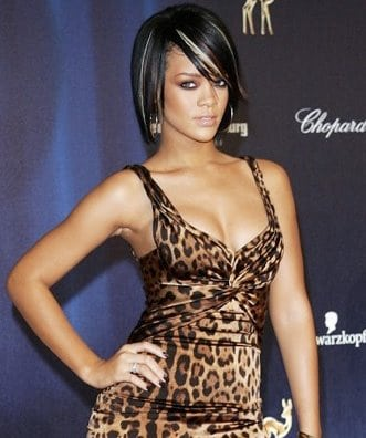rihanna hairstyles 2011. to Rihanna+hairstyles+2011
